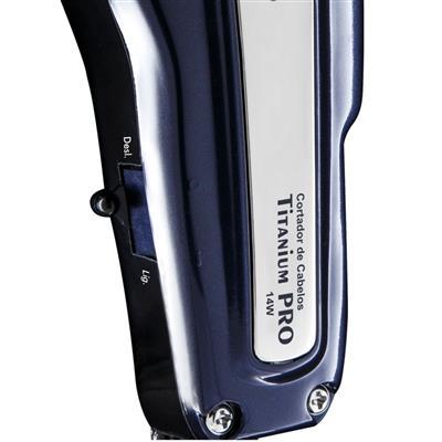 Máquina de Cortar Cabelo Philco Titanium Pro PCR01 8 Pentes de Corte Preto